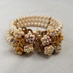 Jewelry - # B8,517 Triple Pearl Bracelet Expandable